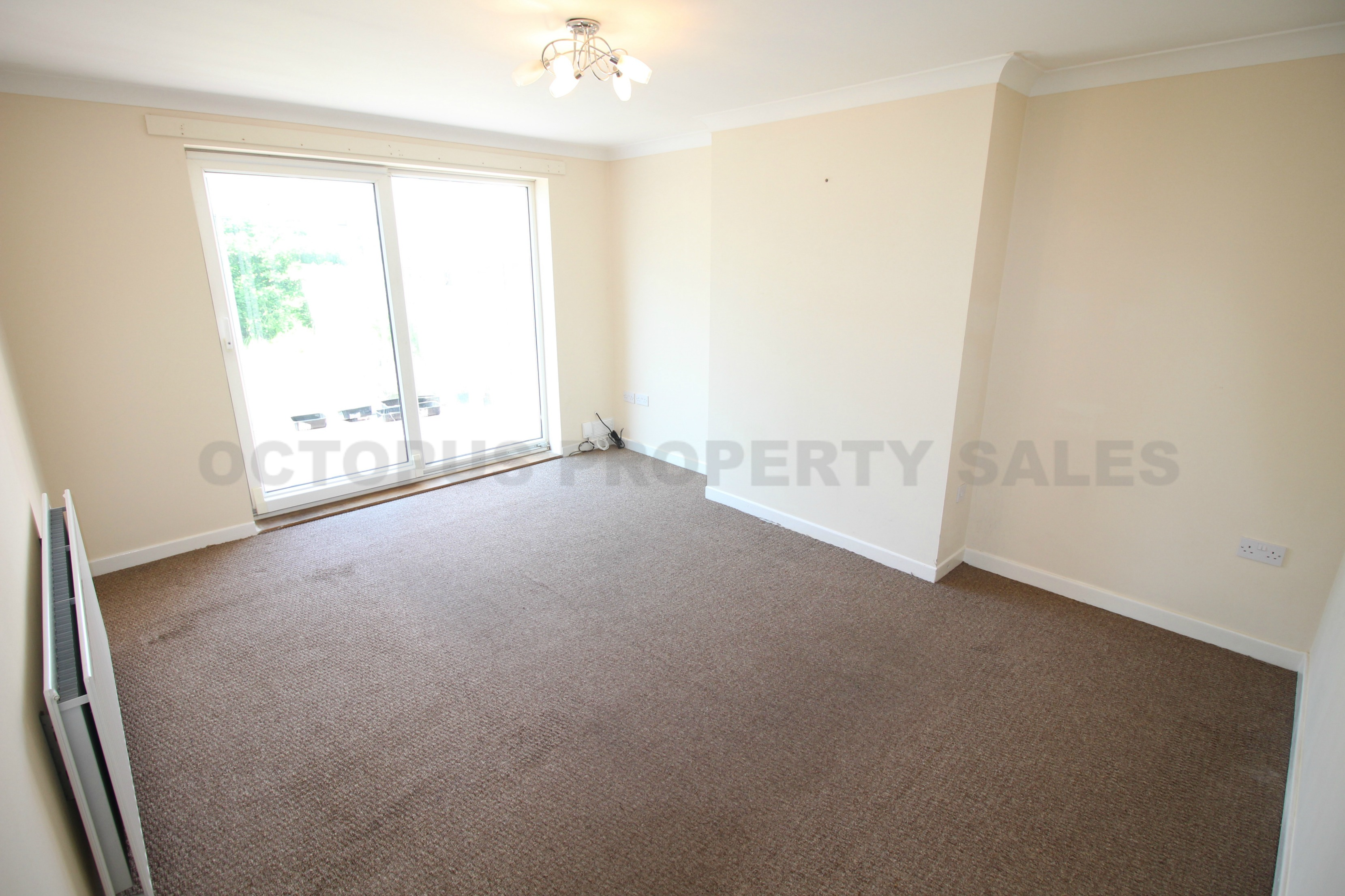 2 bedroom bungalow for sale tilbury grove north shields for Front door north tyneside