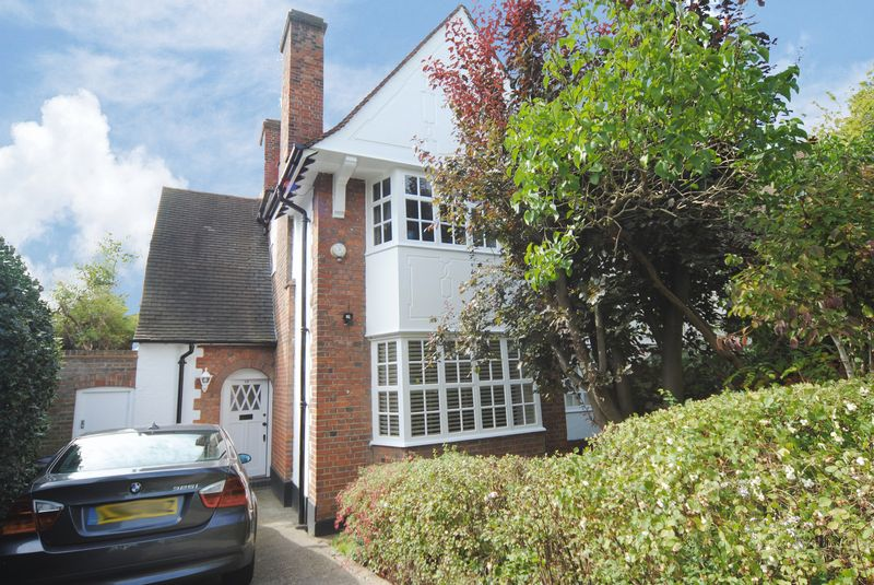 4 Bedroom Semi Detached House For Sale Willifield Way