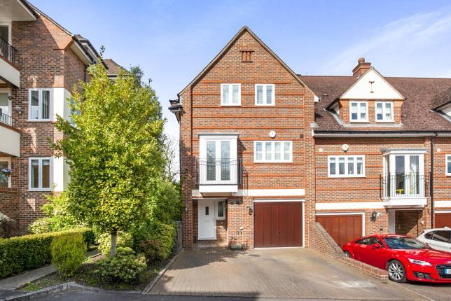 4 Bedroom House For Sale Pyrford Surrey Gu Woking Gu22 8ts
