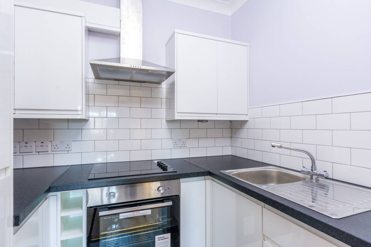1 bedroom flat for sale fishers lane chiswick w w4 1ya for W 4 bathrooms chiswick