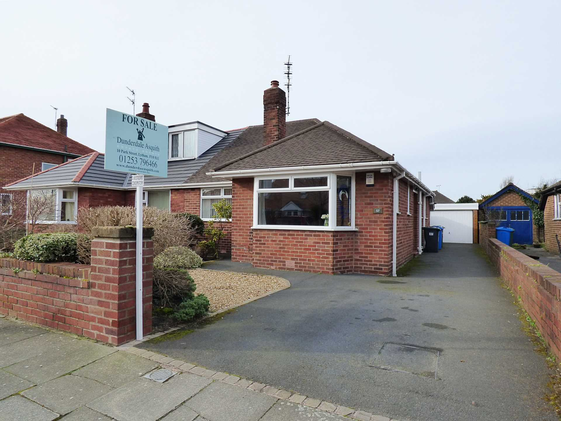 3 Bedroom Semi Detached Bungalow For Sale Kenilworth Road Lytham St Annes Fy8 1lb