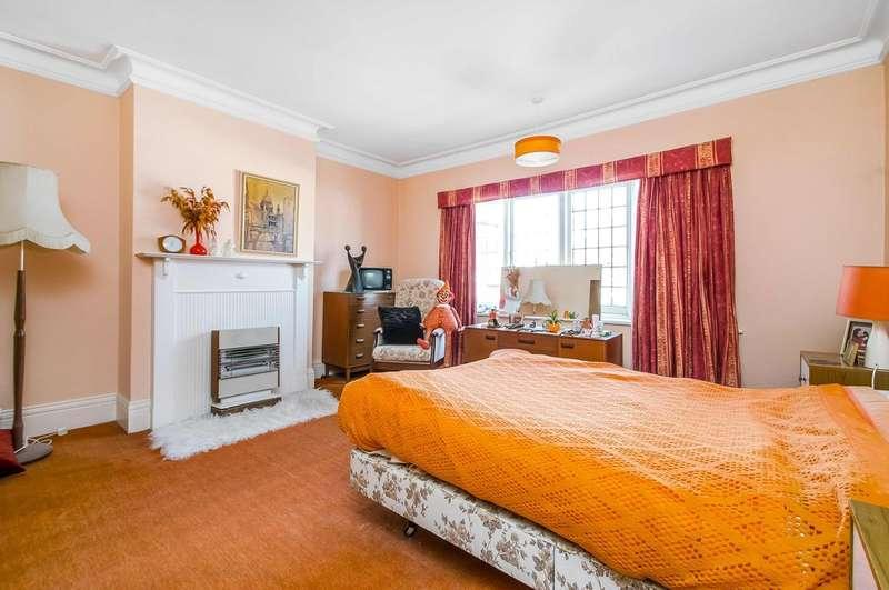 3 Bedroom Semi Detached House For Sale Padwick Avenue