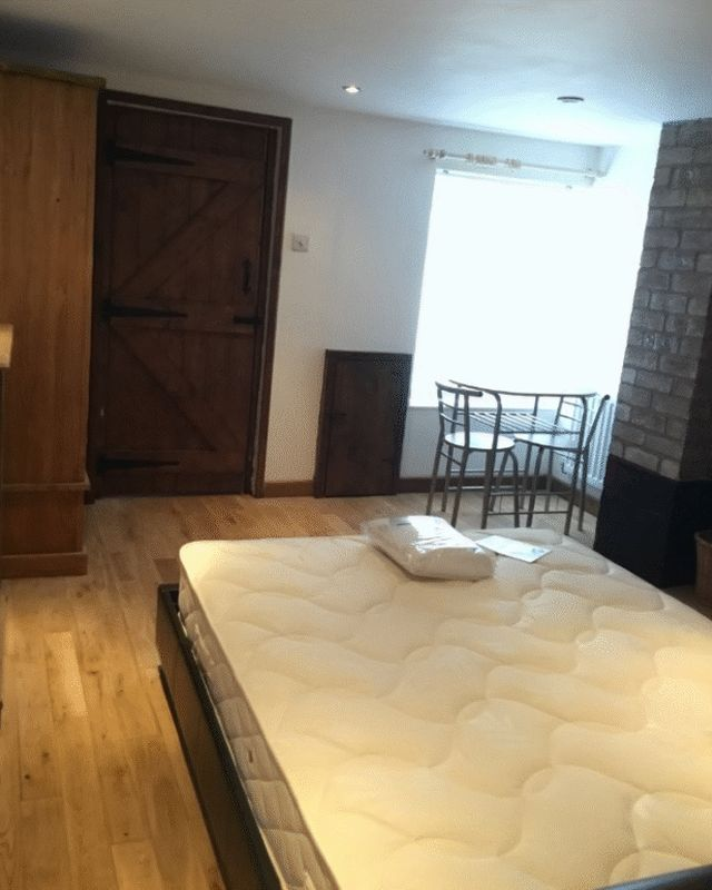 Rent A Room In Ln Lincoln