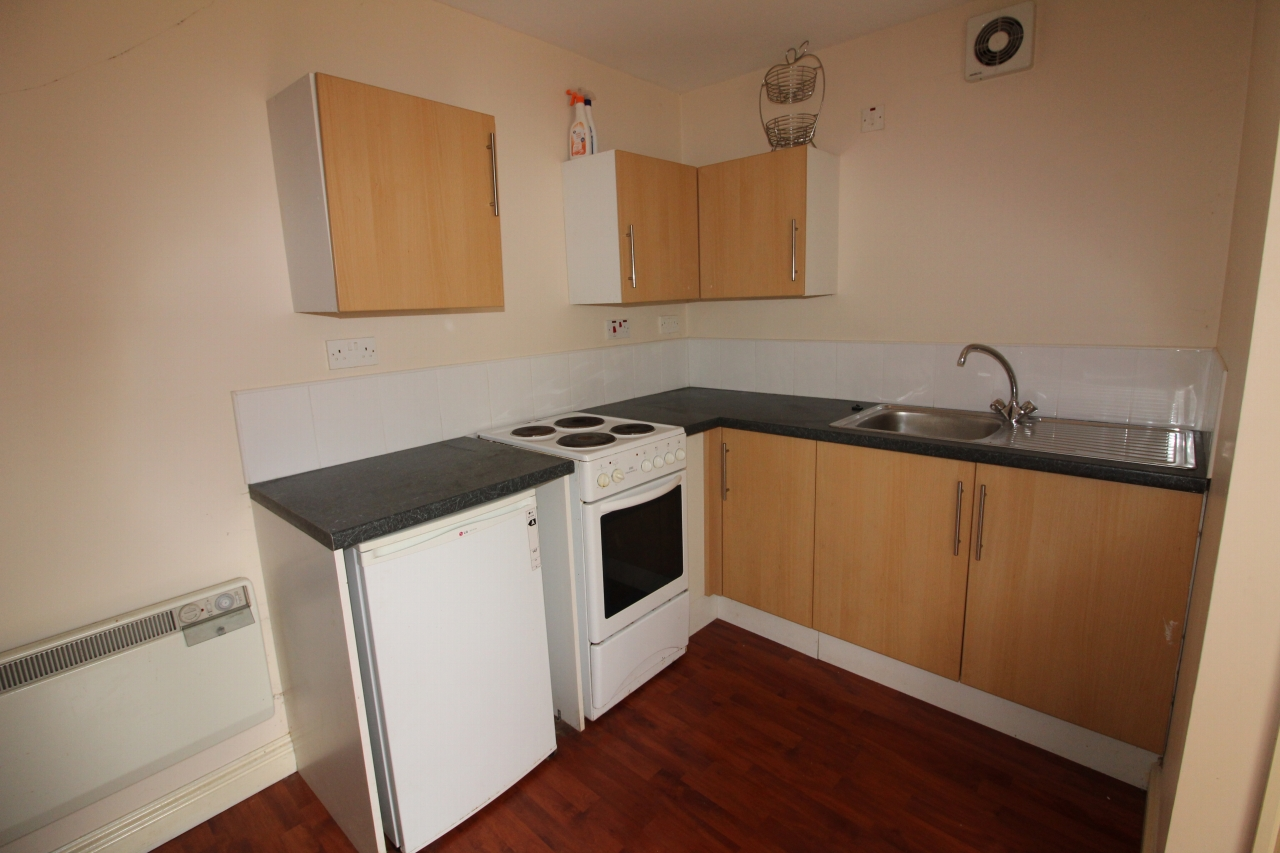 1 bedroom apartment to rent commercial street crook
