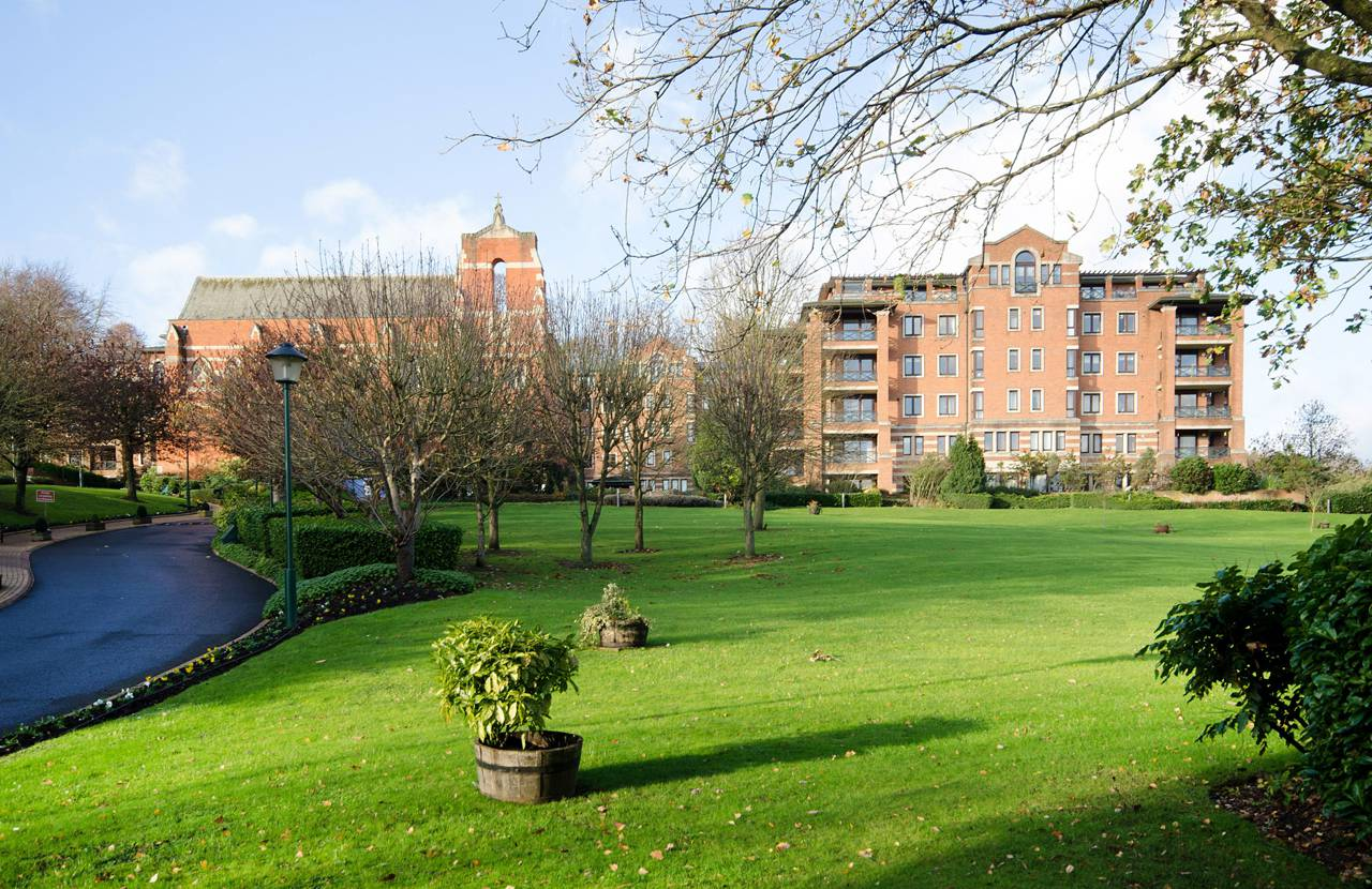 2 Bedroom Flat To Rent Chasewood Park Harrow On The Hill Ha1 3yr