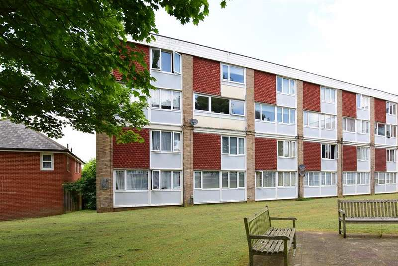 2 Bedroom Maisonette For Sale Wheeler Street Maidstone Kent ME14 2UD Th