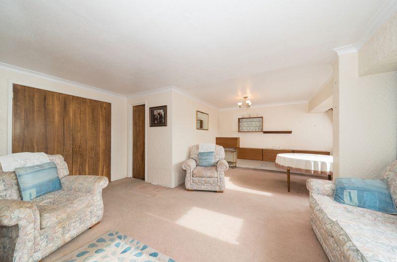 2 Bedroom Flat For Sale Burnt Ash Hill London Se Se12 0qe