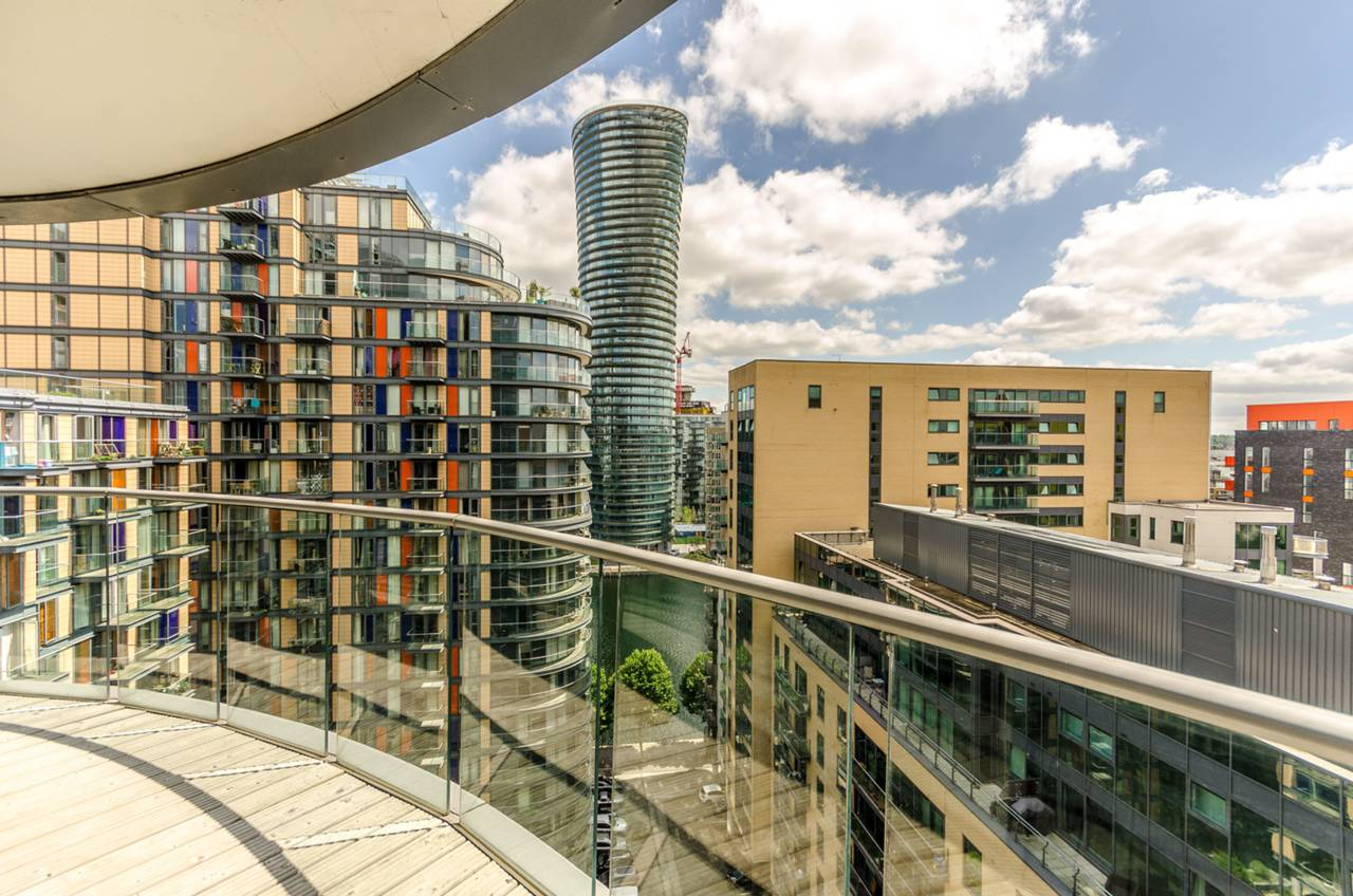 2 bedroom flat to rent ability place canary wharf e 2 bedroom flat in canary wharf to buy