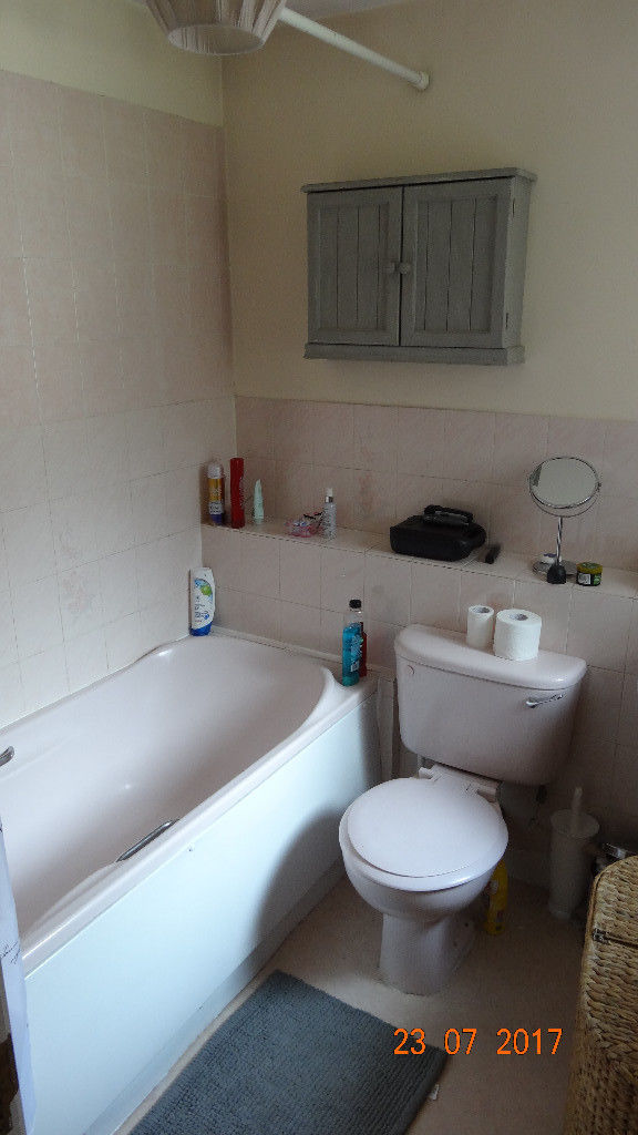 Winchfield House Rent Room
