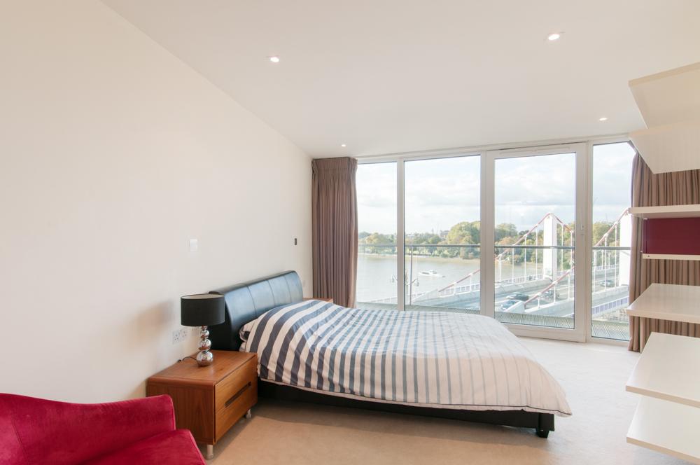 2 bedroom flat to rent centurian building battersea park