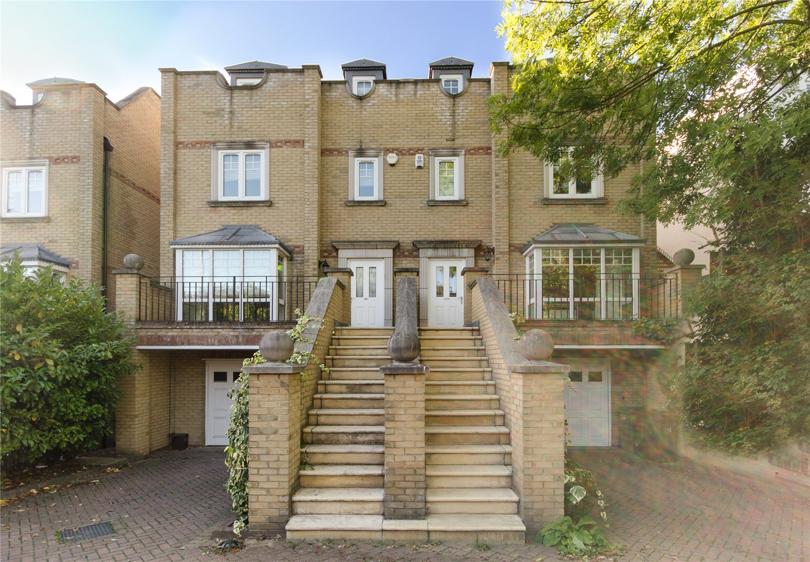 5 bedroom semi detached house to rent kingston hill for 388 richmond terrace