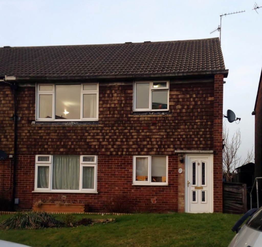 Separate Garage Block Possibly With Studio Accommodation: 2 Bedroom Maisonette To Rent, Linden Lea, Watford, WD25