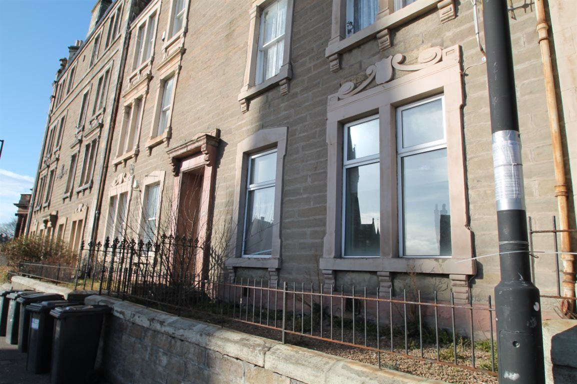 3 Bedroom Flat To Rent Hawkhill Room West End Dundee