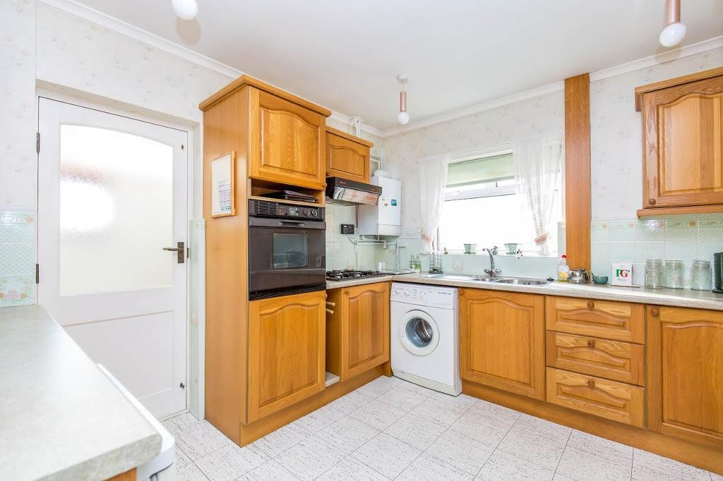 2 Bedroom Detached Bungalow For Sale Borrowdale Drive