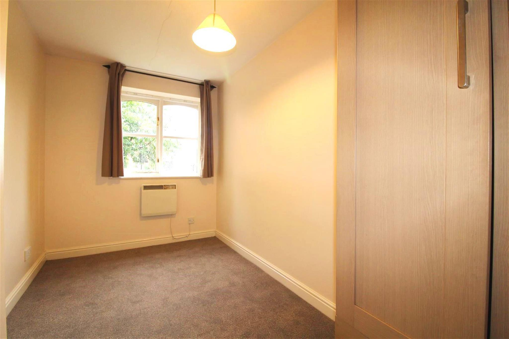 2 Bedroom Apartment To Rent Coalmans Way Slough Sl1 7nu