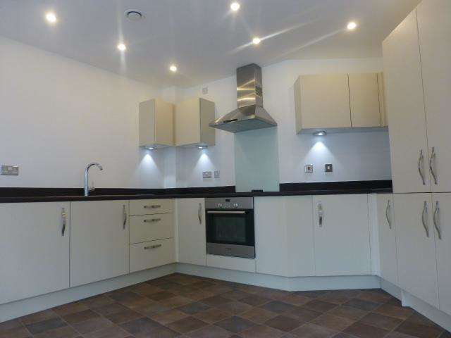 1 Bedroom Apartment To Rent Central Plaza Bell Barn Road