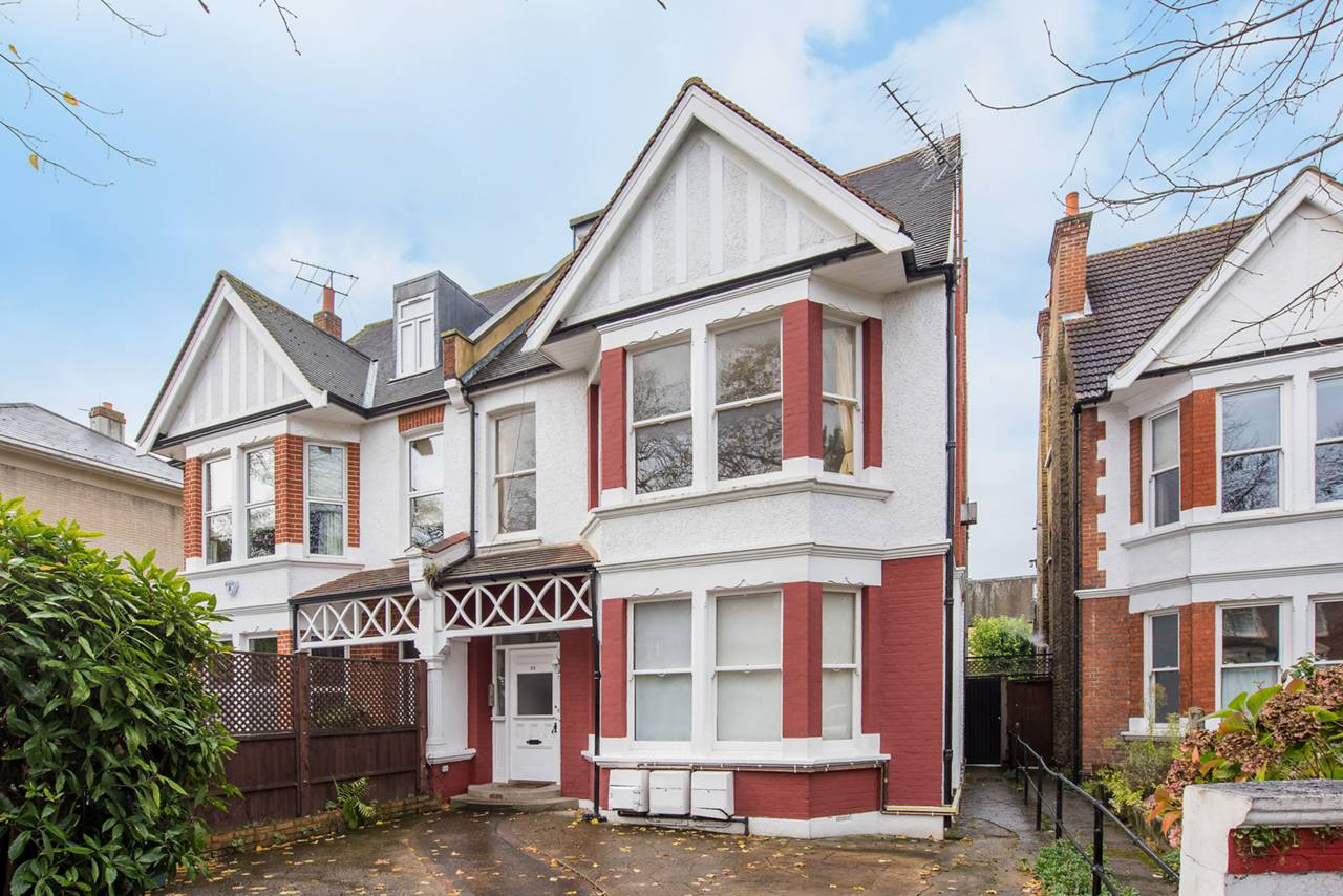 2 bedroom flat to rent dukes avenue chiswick w w4 2ag for W 4 bathrooms chiswick