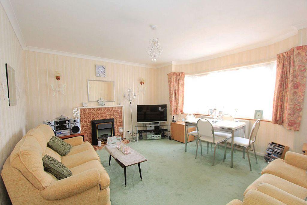 one bedroom flat for sale in london 2 bedroom flat for sale severn drive london london en