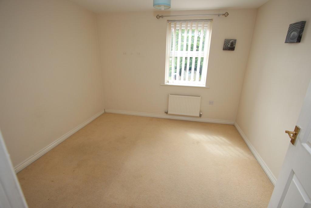 3 Bedroom Flat To Rent St Michaels Court Gray Street