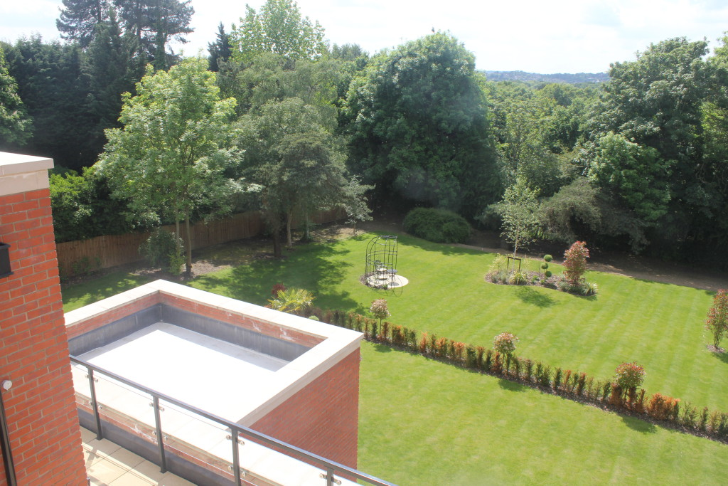 3 Bedroom Penthouse To Rent Pemberley House Cockfosters