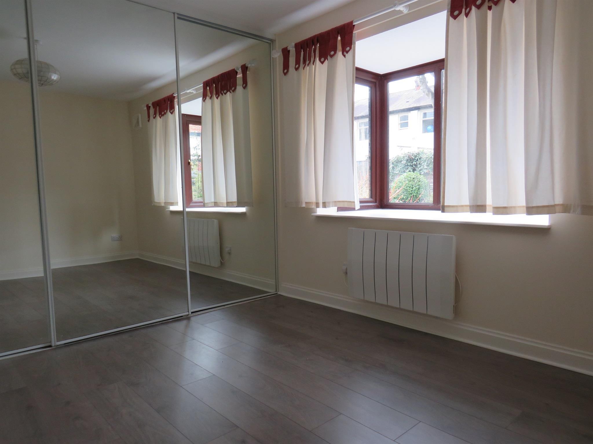1 Bedroom Apartment For Sale Wellington Court Valley Mount Harrogate Hg2 0nh