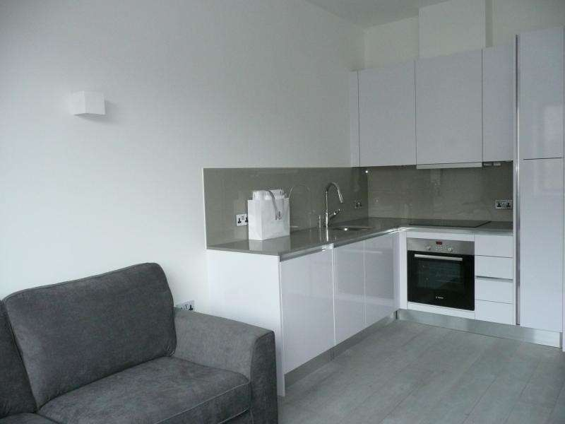 1 Bedroom Apartment To Rent Verona Apartments Wellington Street Slough Sl1 1yg
