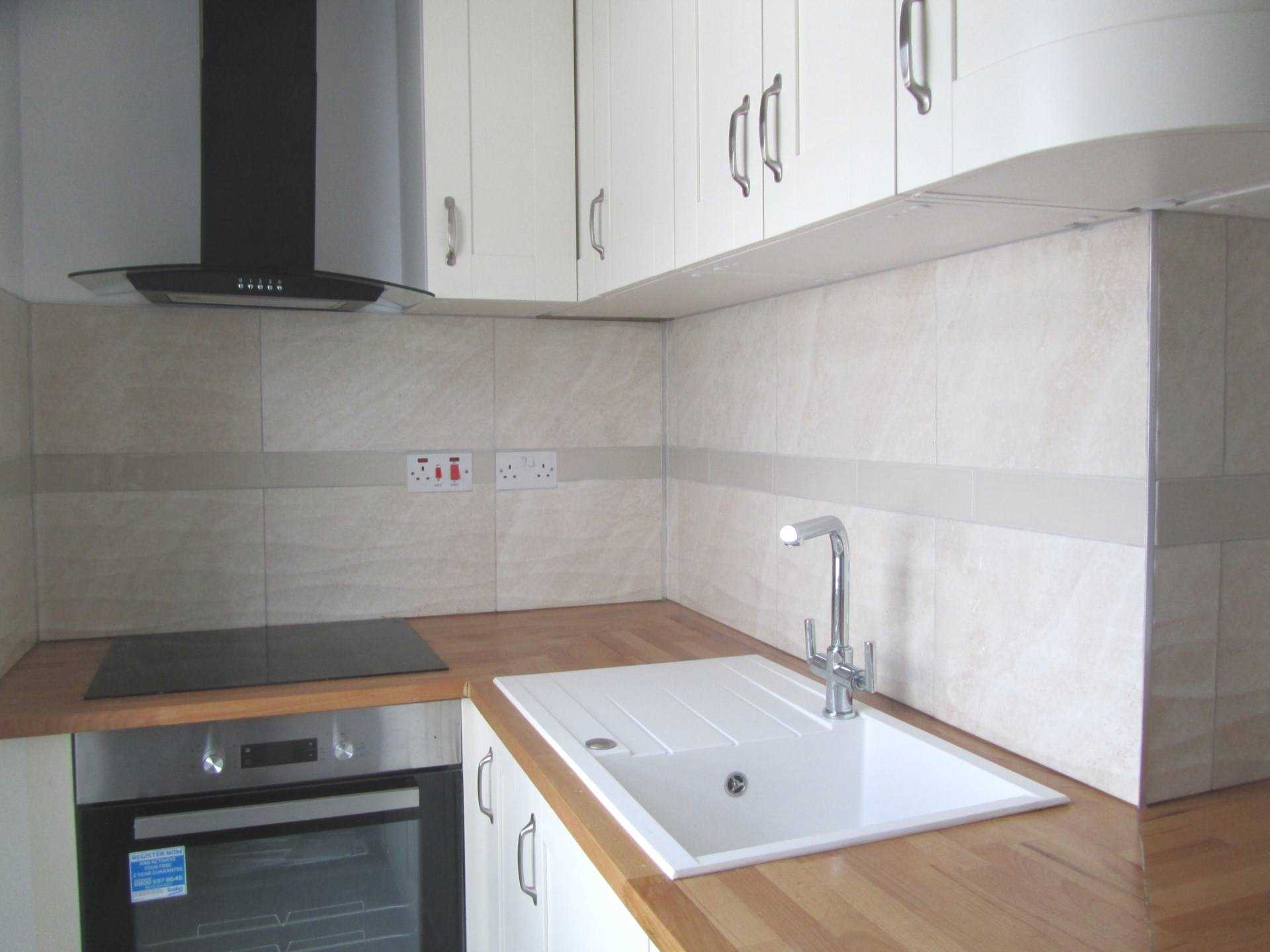 2 Bedroom Flat For Sale Susans Road Eastbourne Bn21 3tj