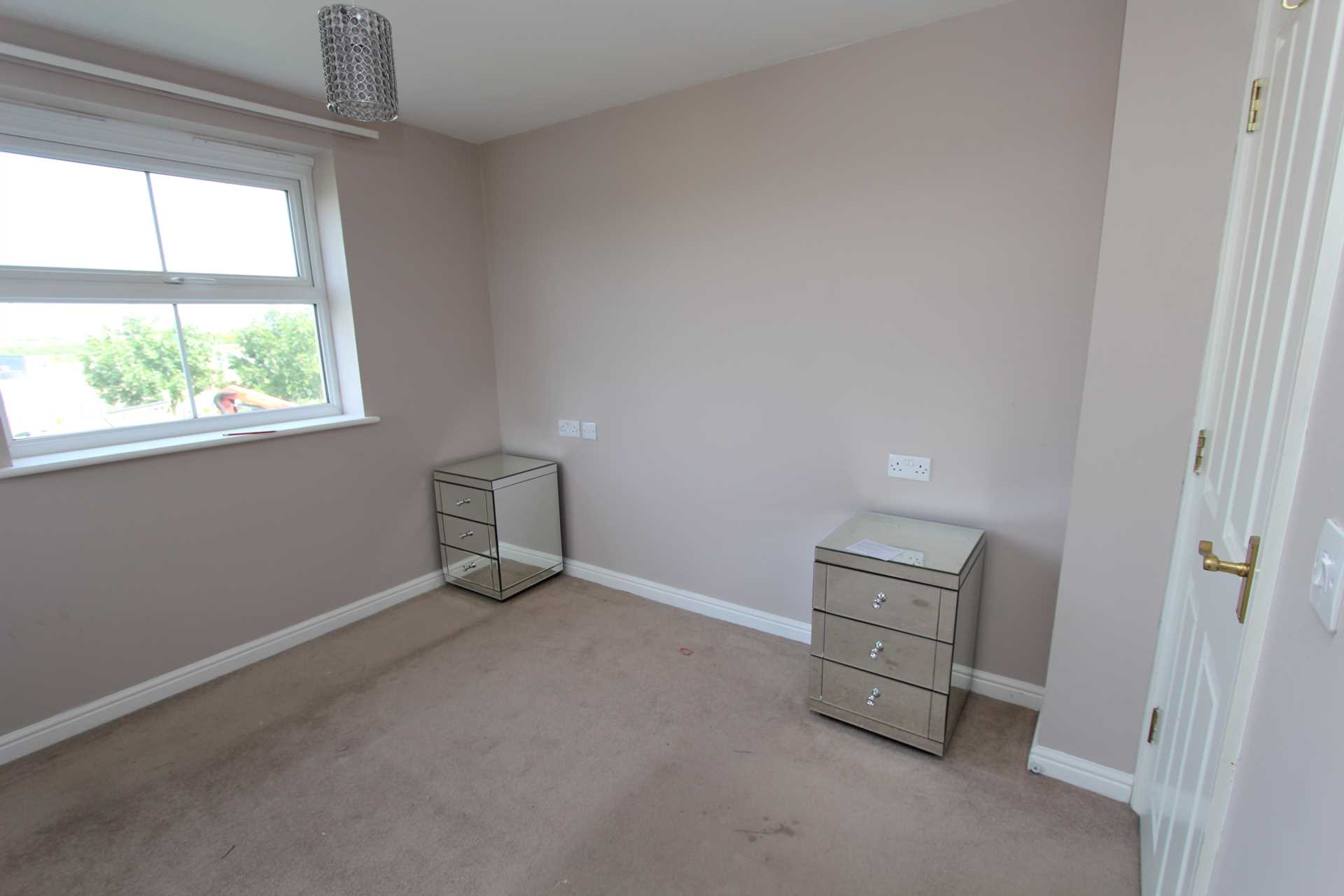 Rooms To Rent In Jh