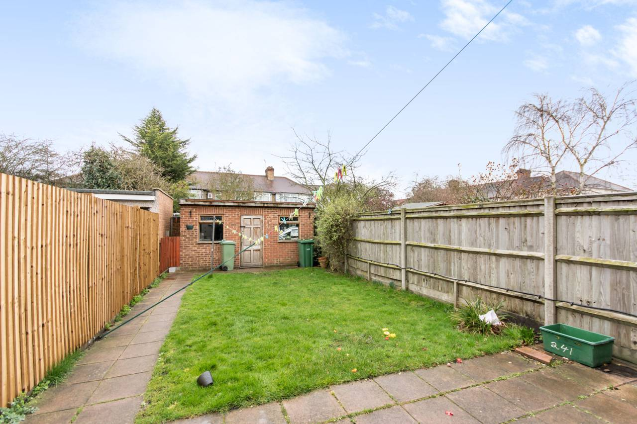 Property For Rent Perivale