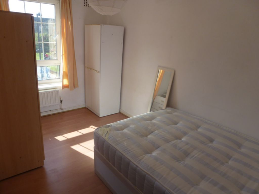 3 bedroom flat to rent ada house ada place london e2 9bb for Ada bedroom