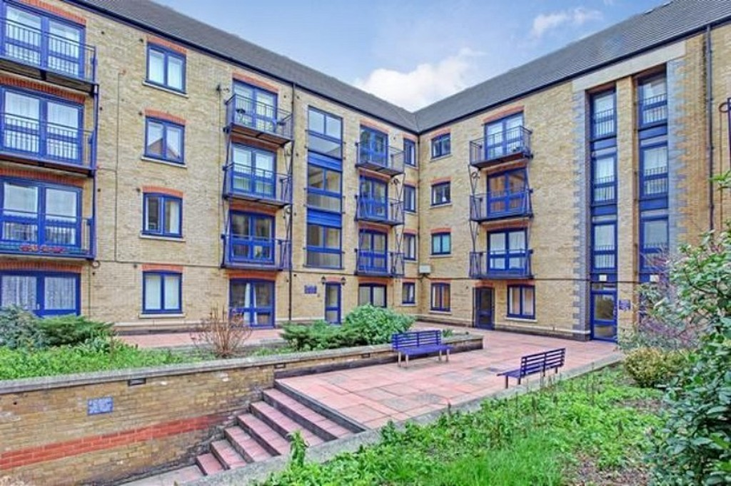 2 Bedroom Flat To Rent Peninsula Court East Ferry Road London E14 3lh