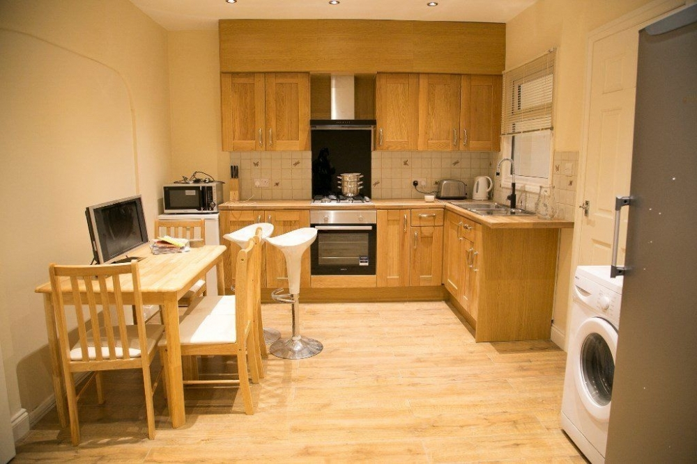 Single Rooms To Rent Colliers Wood
