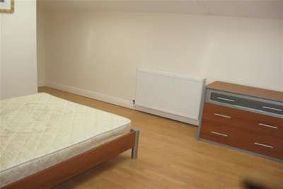 2 bedroom flat to rent south albert road aigburth ln for Furniture 66 long lane liverpool