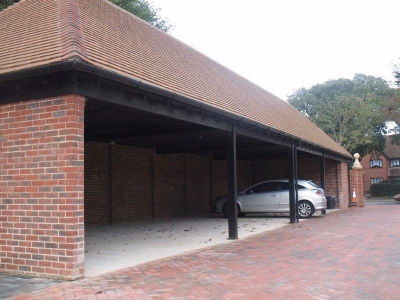 3 Bedroom House To Rent Offington Lane Worthing Bn Bn13 1qg