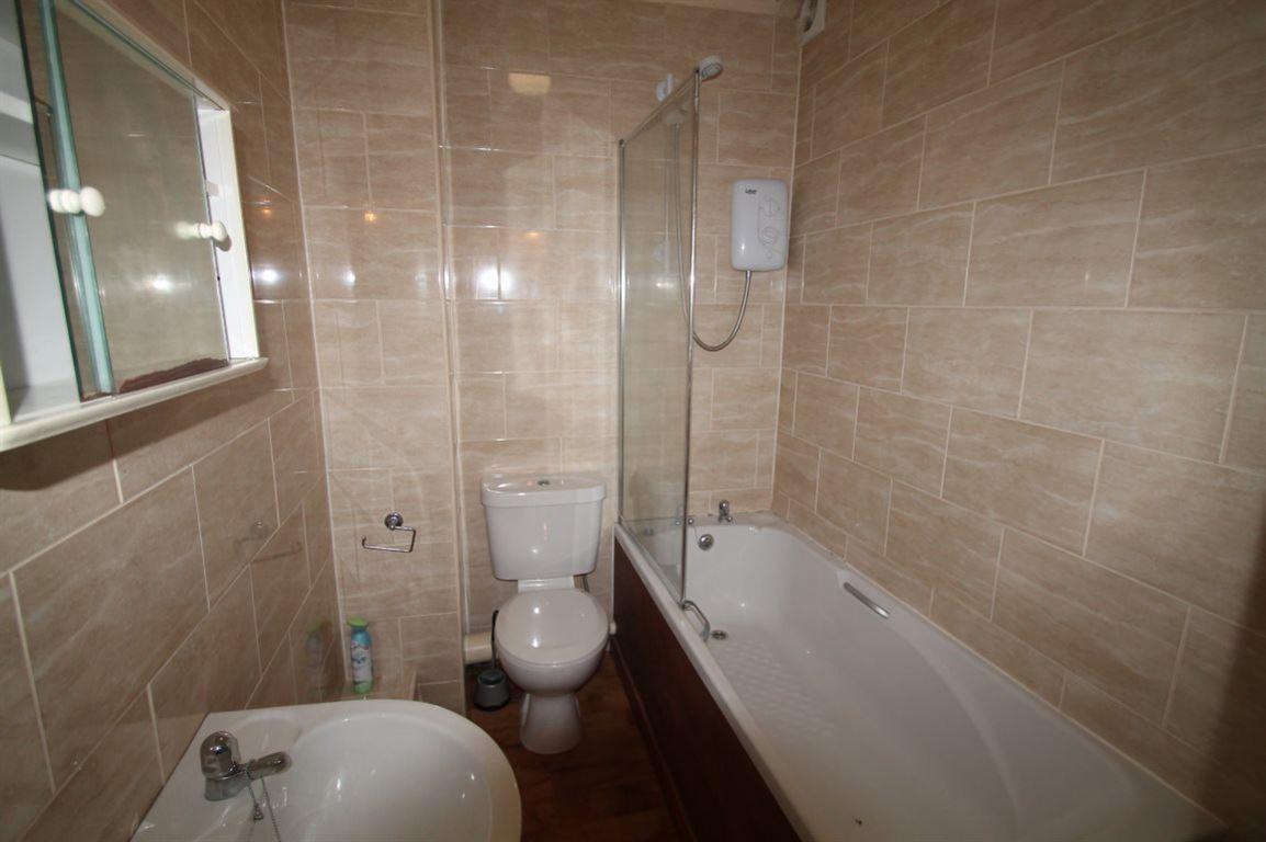 1 Bedroom Flat To Rent Hilltown North Flat L Hilltown