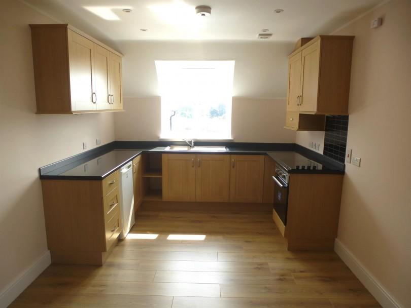 2 Bedroom Apartment For Sale High Street Hoddesdon En11