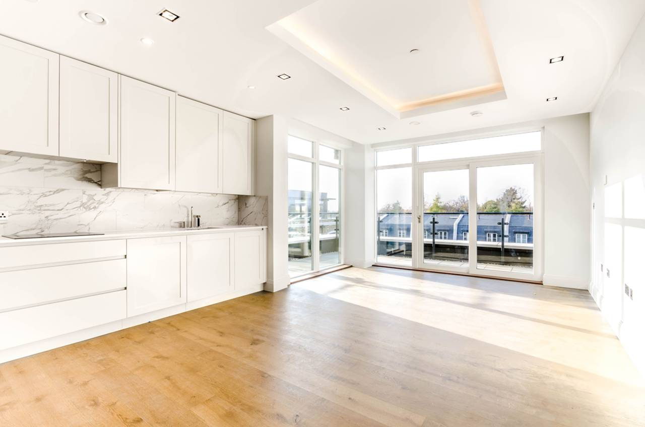 2 bedroom flat to rent chiswick gate chiswick w w4 2dz for W 4 bathrooms chiswick