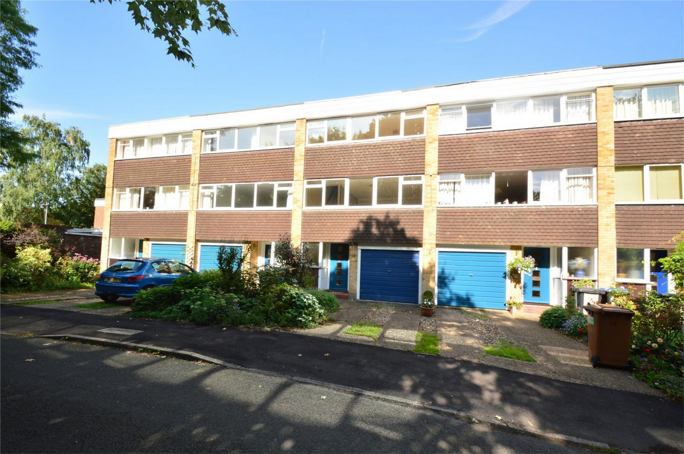 3 Bedroom Town House For Sale Park Meadow Hatfield