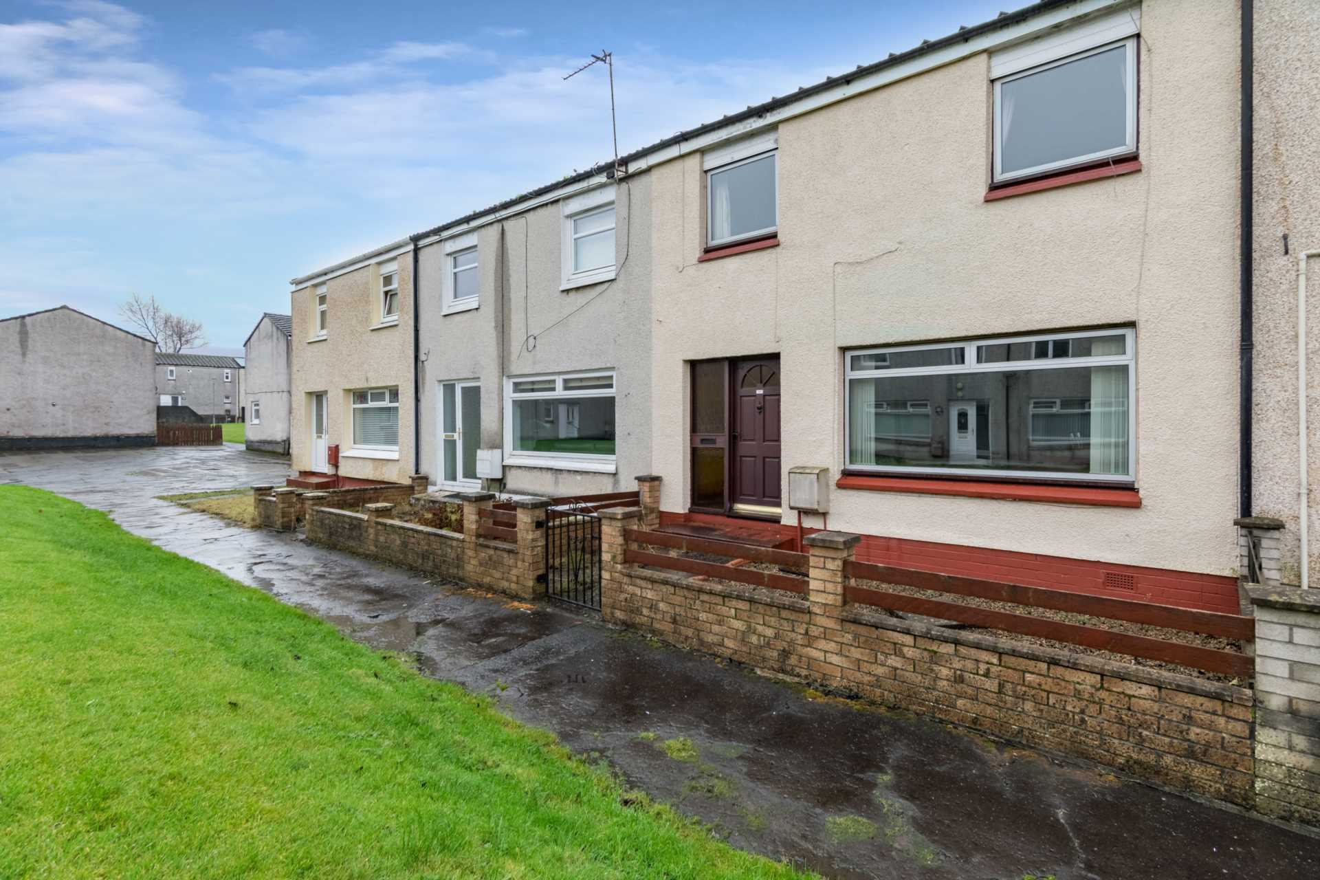 3 bedroom house for sale russell place paisley pa3 3ss for Paisley house