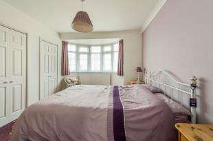 3 Bedroom Semi Detached House For Sale Thong Lane