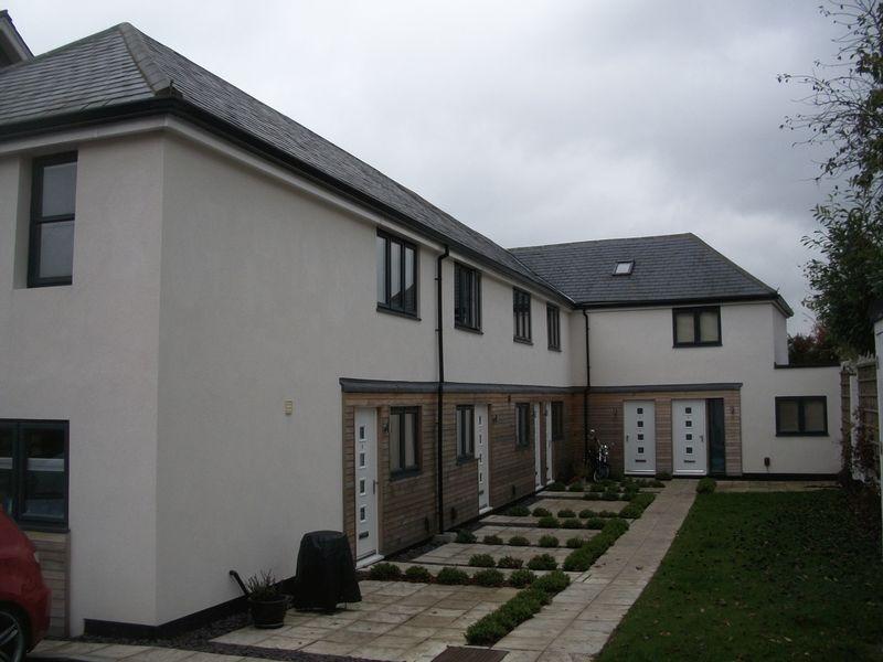 1 Bedroom Mews To Rent Woodlands Court Woodlands Road