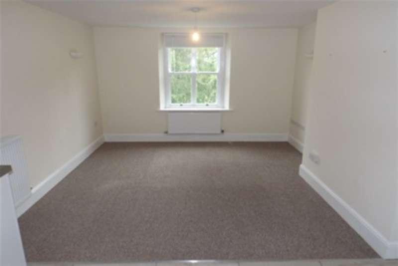 2 Bedroom Flat To Rent Strathalyn Rossett Wrexham Ll12 0gb