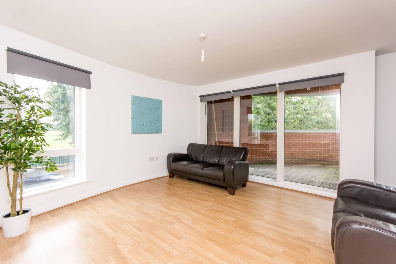 Westfield White City Floor Plan 2 Bedroom Flat To Rent Du Cane Road Shepherd S Bush W