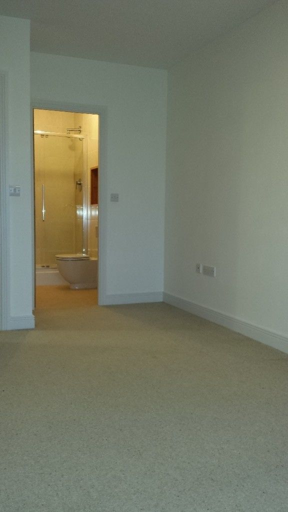 Landlord Entry Room In House