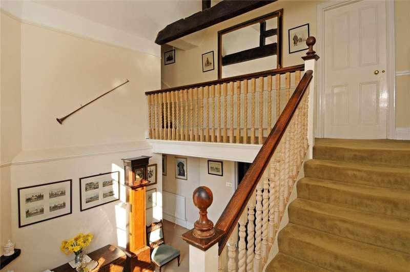 5 Bedroom Detached House For Sale Forest Road Wokingham Berkshire Rg40 5qr