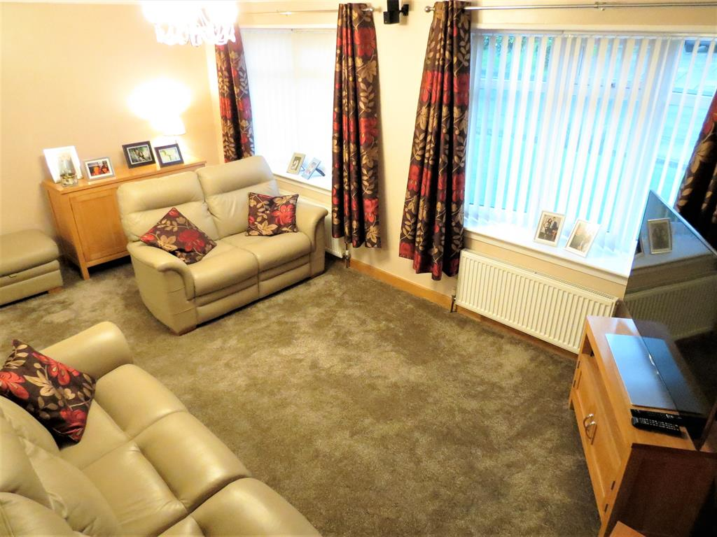 3 bedroom detached house for sale dilston close peterlee for Garden rooms dilston