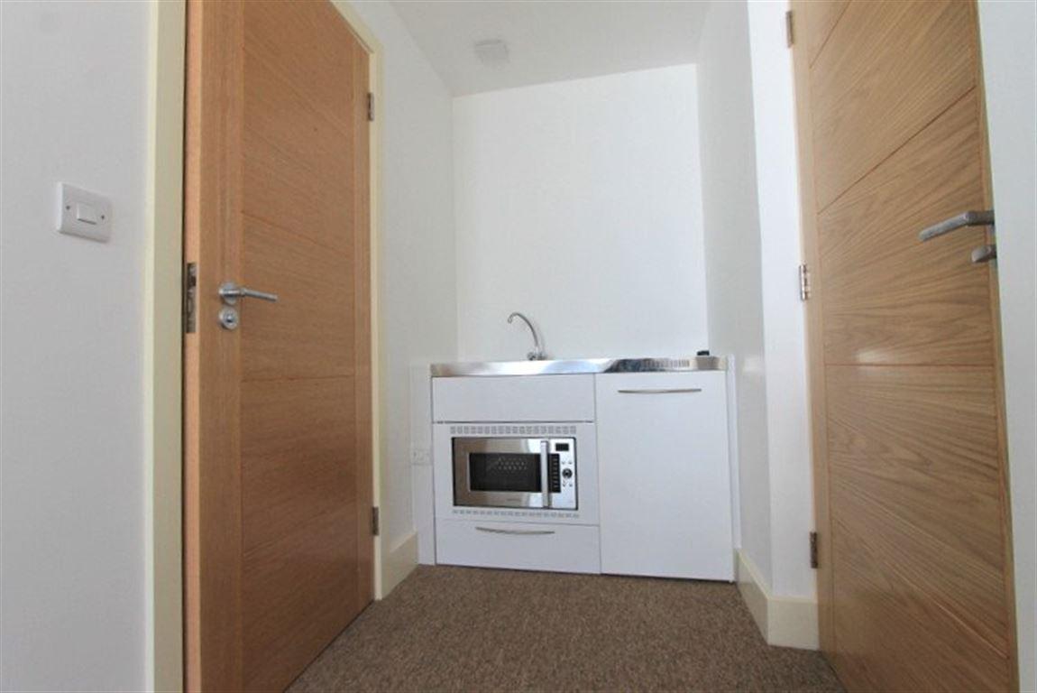 Studio Room For Rent Brighton