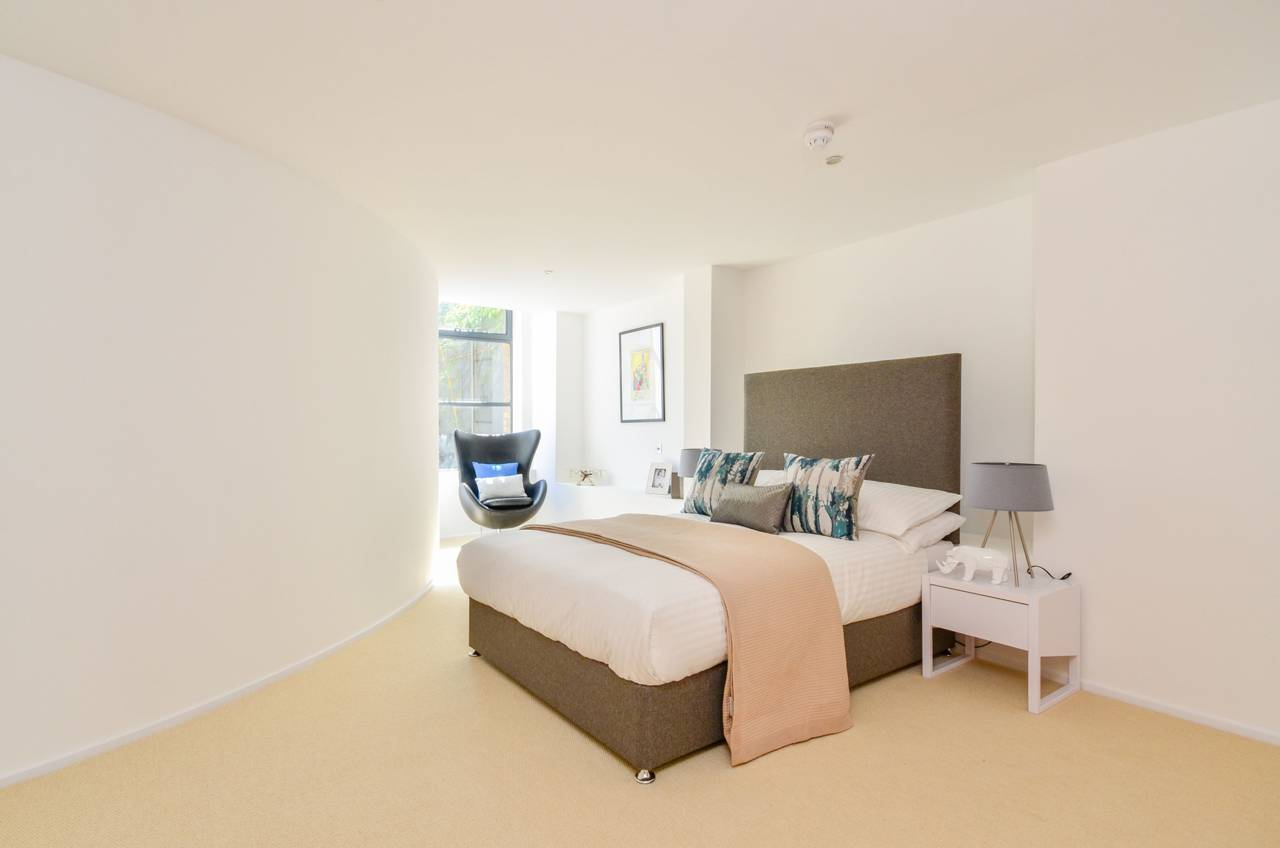 4 bedroom flat to rent chiswick green studios chiswick for W 4 bathrooms chiswick