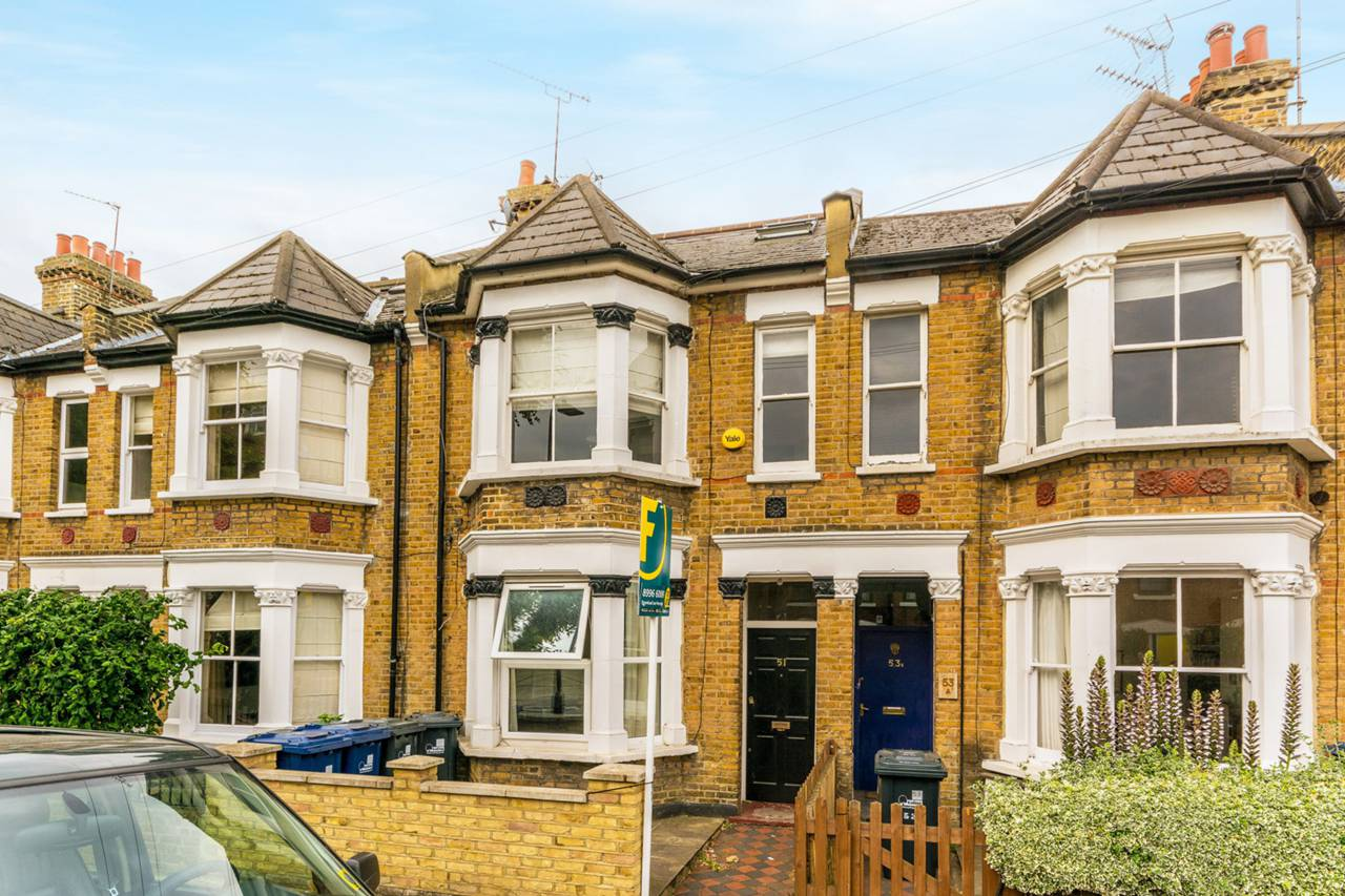 2 bedroom flat to rent church path chiswick w w4 5bl for W 4 bathrooms chiswick