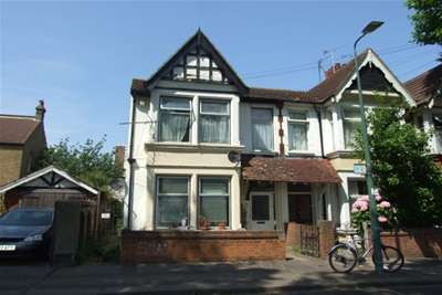 3 Bedroom Flat To Rent Warrior Square Southend On Sea Ss1 2jj